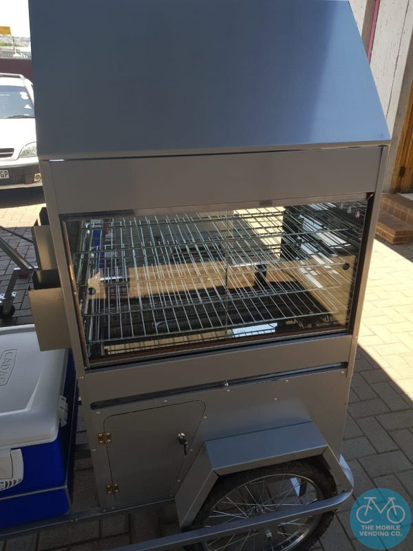 Close Up View Of Pie Push-Cart Warmer Unit